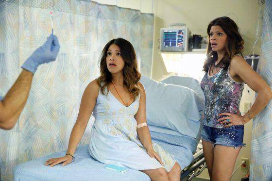The CW prepara spin-offs de 'Riverdale' y 'Jane the Virgin' 2