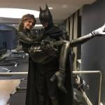 Lili Simmons nos da un mejor vistazo al Batman de Gotham 2