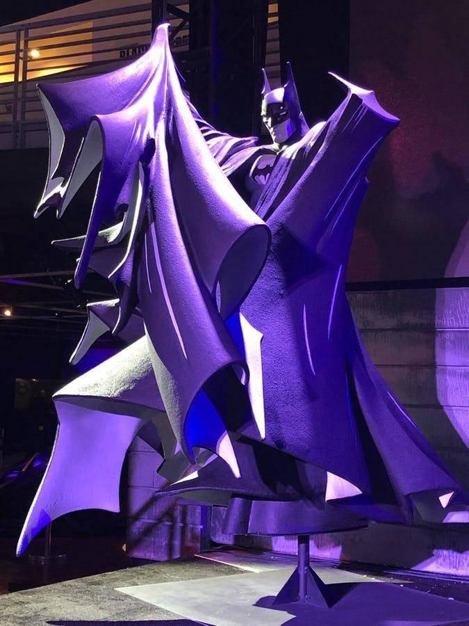 Basada en la icónica portada de McFarlane a Batman # 423