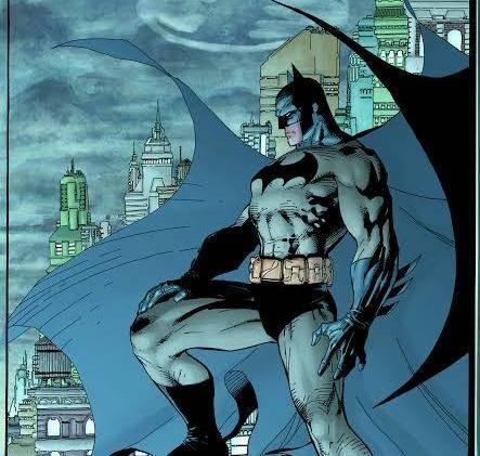 11 personajes que han portado el manto de Batman