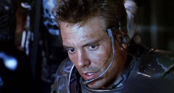 Michael Biehn en su papel de Hicks en Alien