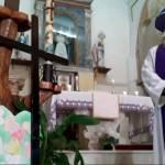 sacerdote filtros misa