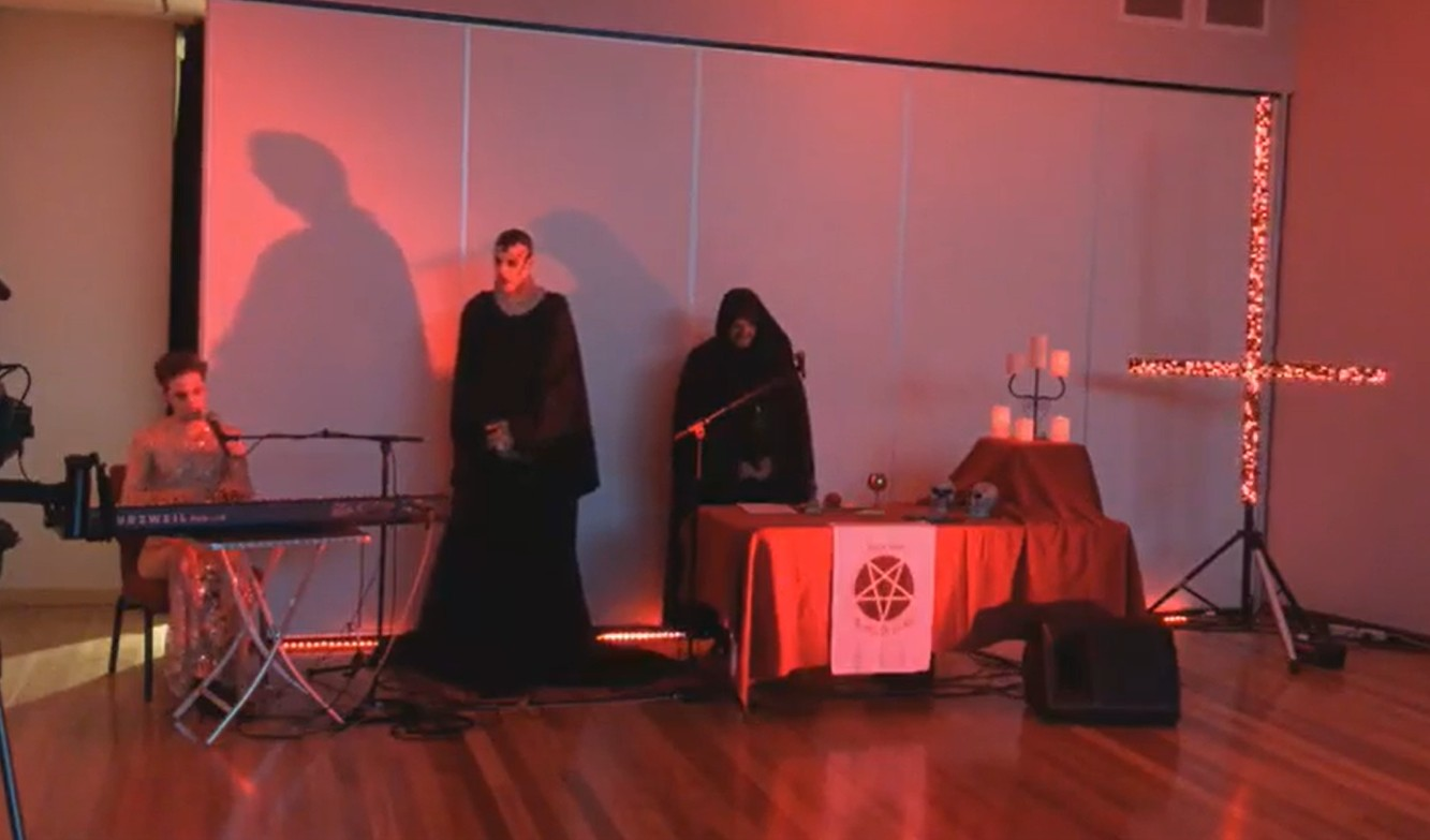NOticiero, Ritual Satanico
